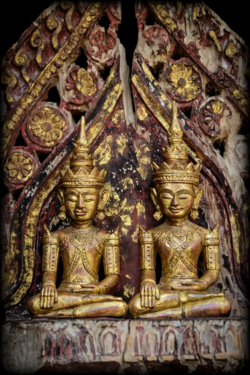 Extremely Rare Early 19C Wood Thai Lanna Buddha #TA01