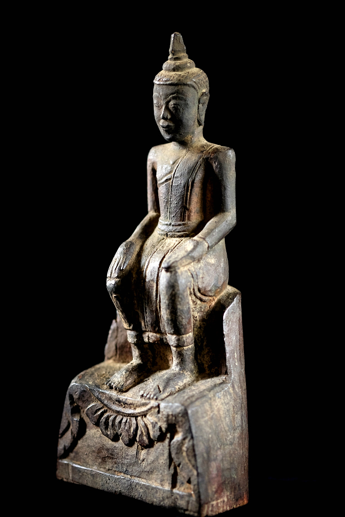 Extremely Rare Early 19C Thai Walking Lanna Buddha #037-2
