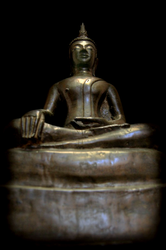 Extremely Rare Early 17C Sitting Bronze Laos Buddha #069-2