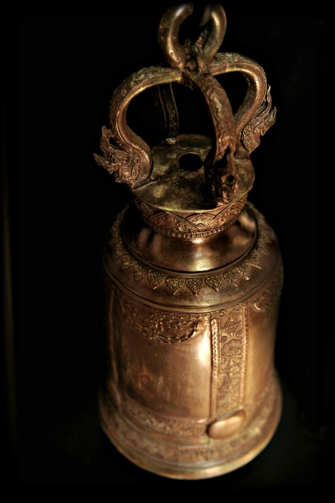 Extremely Rare 19C Bronze Thai Temple Bell #BB457