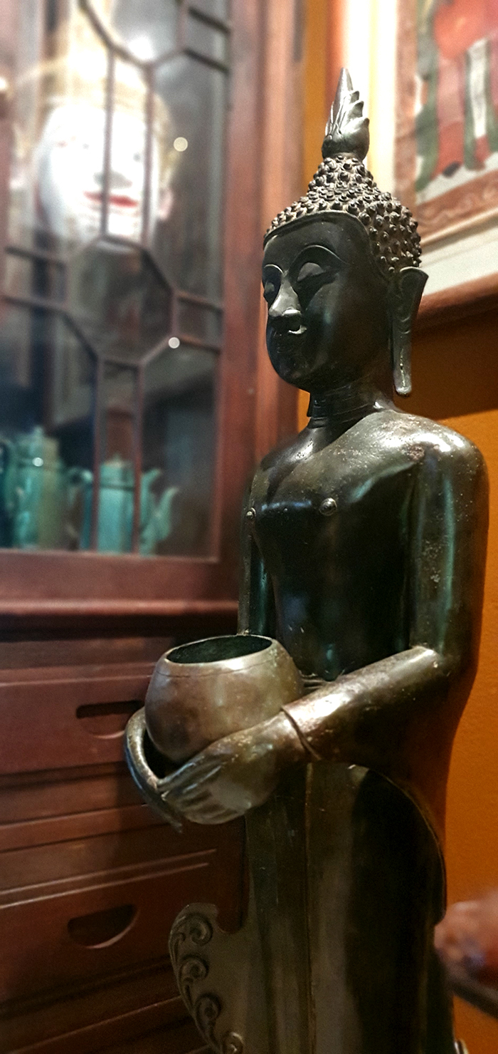 Extremely Rare Early 18C Bronze Chiangsang Buddha # CA1048