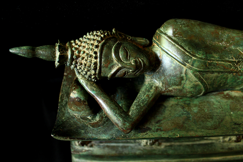Extremely Rare 18C Bronze Reclining Laos Buddha #DW050